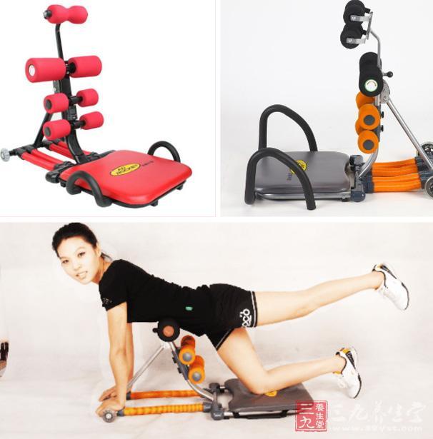 使用方法   1、坐到仰卧起坐板上,身体沿板身躺下,双手抱肩(不要抱住后脑,那样容易拉伤颈椎)。   2、起身时与地面成60-75°角,后仰时与地面保持30°角即可,不用一下到底;起身时候呼气,后仰时吸气。   3、每天做4-5组,每组15-20个即可。   4、辅助锻炼方法   腰部往下弯,腿直立,手臂及头部下垂,悬在空中,不要强迫自己双手触底,尽量放松肌肉,然后自然伸展背部及腿部的肌肉,约停一分钟,再重复三次。   功能特点   小腹平坦是许多人一辈子的梦想,因为有平坦的小腹女生就
