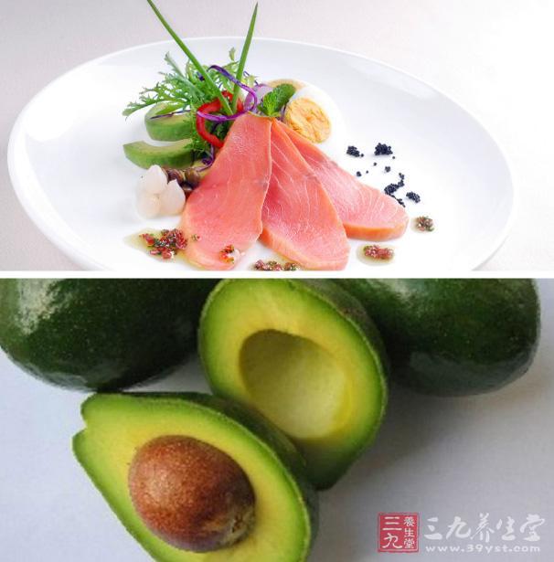 三文鱼配鳄梨沙拉怎么做 它有什么烹饪技巧.jpg