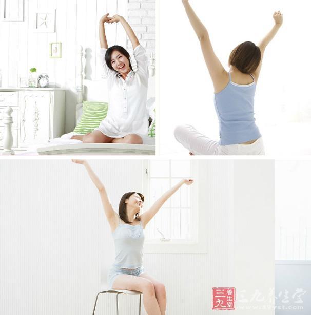 伸懒腰会引起全身大部分肌肉的较强收缩,在持续几秒的伸懒腰动作中