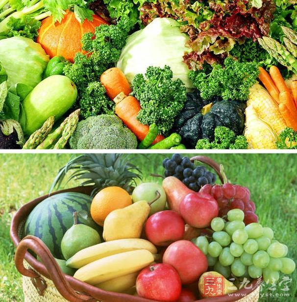 水果和蔬菜,可以是新鲜的、冷冻的、罐装的、干的或只是一杯果汁等等,但一天要至少吃5份