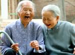 老人 2种养生防病习惯