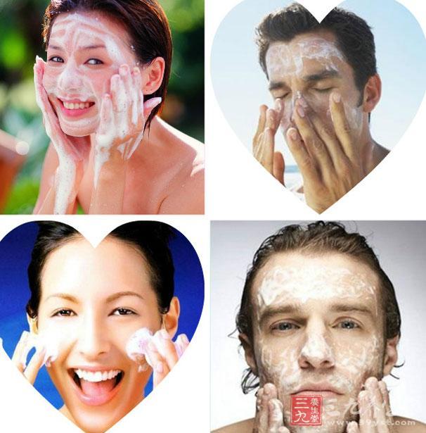 我们每天起床首先要做的事情基本都是刷牙、洗脸。那您知道99%的人不知道洗脸步骤吗?您知道正确的洗脸方法是什么吗?您知道用什么洗脸会变白吗?今天小编就为您介绍一下有关洗脸的知识,感兴趣的朋友们赶快来看看吧。   一说到洗脸,这是从生下来开始每天都要进行的事情。很多人认为洗脸这样简单的事情谁不会呀,那正确的洗脸方法还需要学习什么呢?