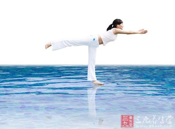 瑜伽视频 瑜伽基础姿势拜日式练习