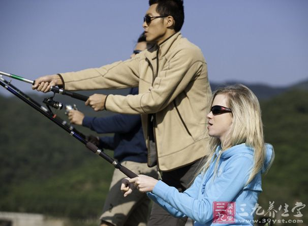 钓鱼技巧,台钓的四种扬竿技巧,台钓钓鱼提竿动作技巧