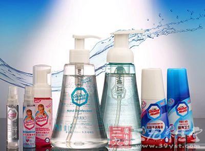 病毒性肝炎可使用漂白粉或其他含氯制剂的粉剂