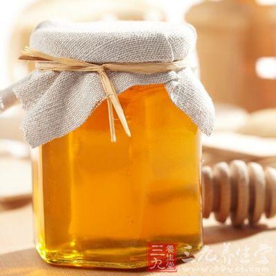 蜂蜜成分中含有一种大多数水果没有的果糖