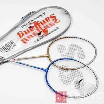 经典羽毛球拍
