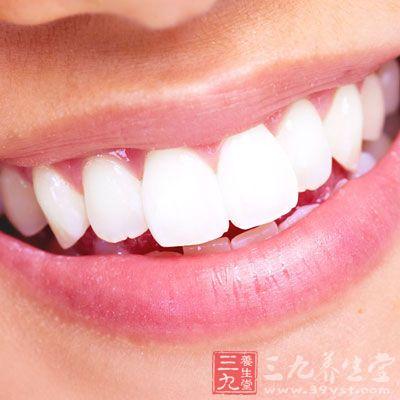假牙安装步骤图片