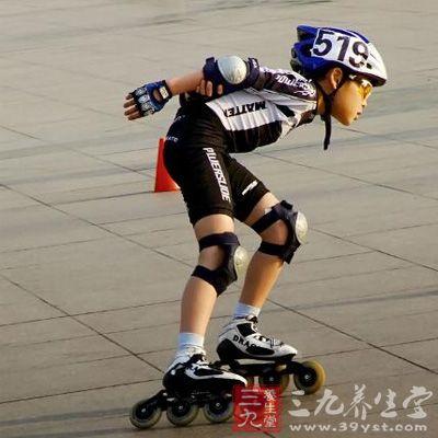 健身运动 旱冰的基础练习方法和刹车技巧(3)