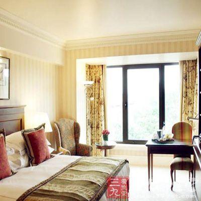伦敦朗廷酒店中的「川」水疗中心于2011年10月份开放后就引来英国主流好潮如评