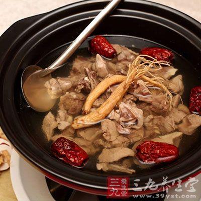 冬虫夏草10克,炮天雄10克,肉苁蓉10克,羊肉100克,生姜2片。