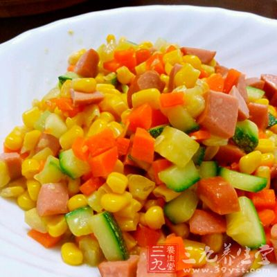 胡萝卜玉米笋炒火腿