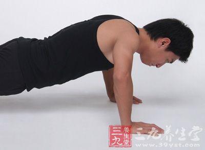 如何锻炼胸肌 男士必备八种俯卧撑方式