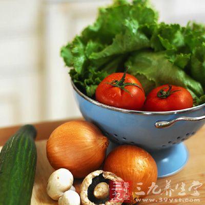 做蔬菜的时候以清淡为好