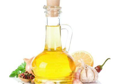 研究表明玉米油降胆固醇效果优于橄榄油