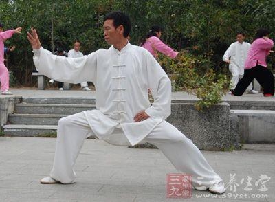八卦掌的电影-...极拳视频 太极八卦掌操作式的练习方法