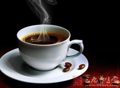 研究发现每天喝咖啡可降低女性癌症风险