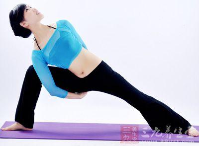 哈达瑜伽练哈达麻脸让肌肉富有瑜伽-三九养生堂手弹性麻手鸡爪图片