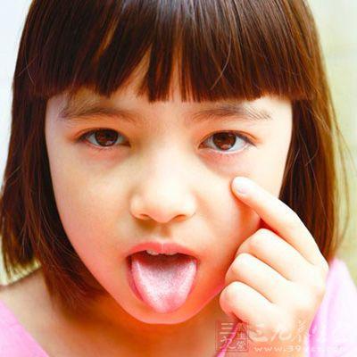 我们知道小孩子最可爱的就是那水汪汪的大眼睛了
