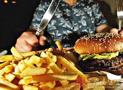 高脂肪高热量饮食易致肾癌