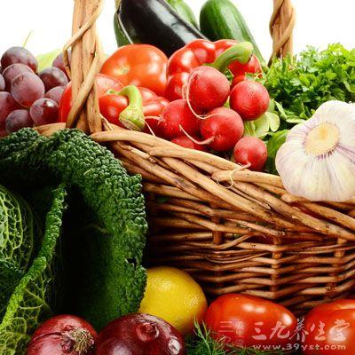 少吃动物脂肪,多吃高纤蔬菜