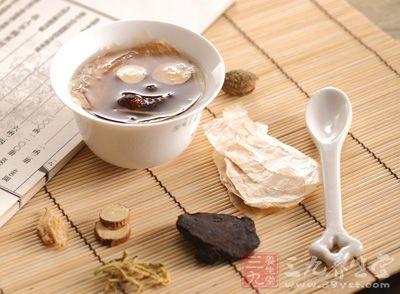 在中医临床上,很多患者经常会听到肾阳虚、肾阴虚等词