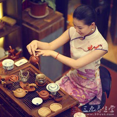 怎样用紫砂壶泡茶 紫砂壶泡茶步骤及优点(14)