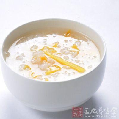 中老年人在春季食用些菊花粥,不仅可治风热头痛,眩晕耳鸣,而且久服还能使人肢体轻松