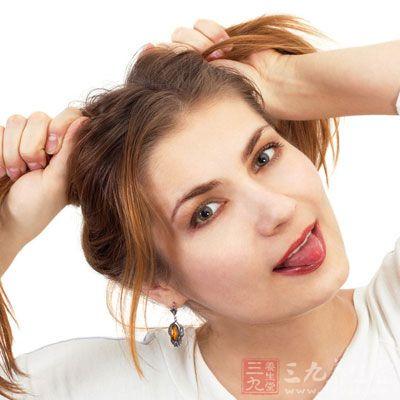 头发出油厉害怎么办 这样做还你清爽秀发(4)图片