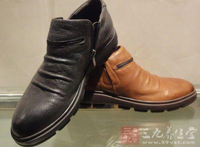 男士皮鞋 男人该如何选对鞋