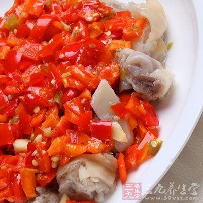 剁椒这一调料中,包含着多层的味道,可以满足许多人对辣的需求