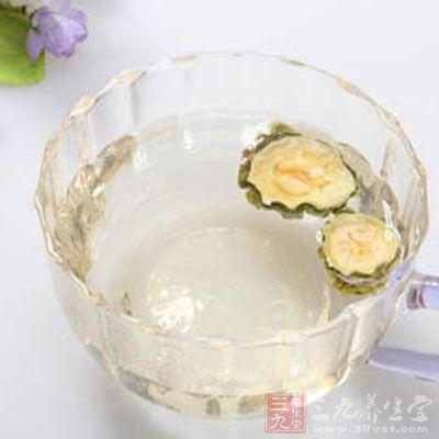 苦瓜片泡水喝的功效 这样喝竟有这好处(2)