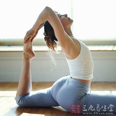 对于留长发的人来说,奉劝不要太频繁的做热瑜珈,否则会有脱发的危险