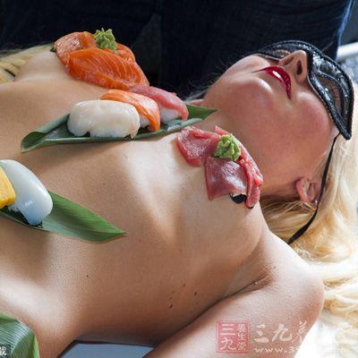 三九人体写真网_揭秘日本昂贵的美女人体寿司宴 - 三九养生堂