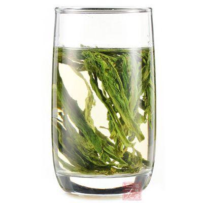 桑叶茶中含有强化毛细血管、降低血液粘度的黄酮类成分