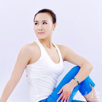 保持肌肤弹性让肌肉上扬