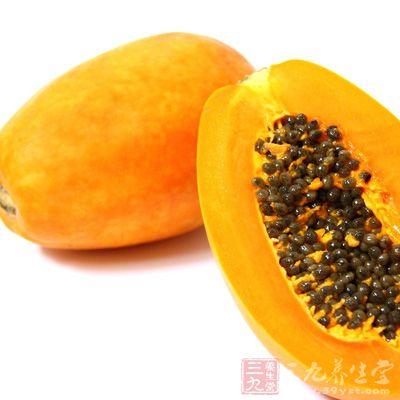 木瓜拥有多种维他命 B群、胡萝卜素等营养,加上所含的特殊蛋白酶,能够快速吸收鲜奶中的蛋白质