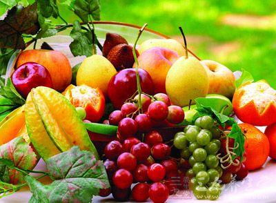 月经期间经常食用水果,可以防治发生便秘