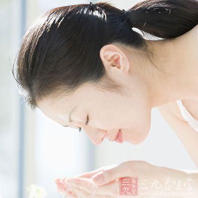 清洁对于护肤来说是第一步,也是非常重要的一步