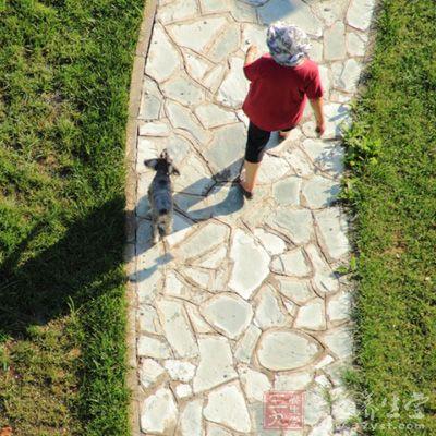 怎样通过走路判断我们是否长寿