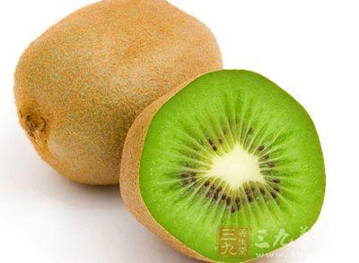 猕猴桃,俗称狐狸桃,羊桃,毛木果,藤梨,木子,奇异果,麻藤果等等