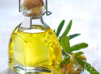 橄榄油的丰胸方法 橄榄油有哪些作用