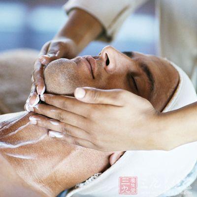 淋巴的位置主要集中在股沟和脖子上