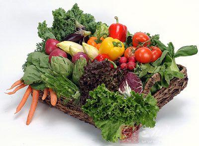 宜多食新鲜蔬菜、水果