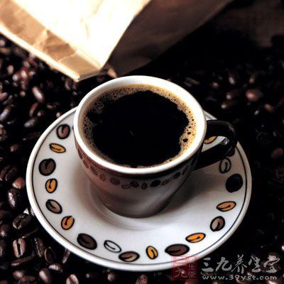 禁止饮用烈酒、浓茶、咖啡