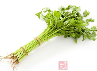 宜多食富含粗纤维的蔬菜和水果,如芹菜