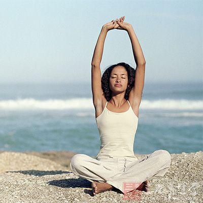 瑜伽v瑜伽不同的瑜伽动作助你轻松瘦(5)瘦身9个月穿怀孕衣图片