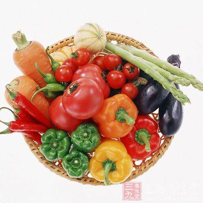 宜以豆类及谷类为主食,如黄豆、大麦、小米