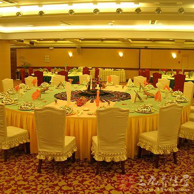 中餐礼仪 中国人必须知道的就餐礼仪