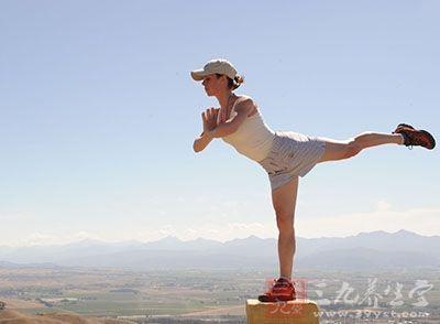 丰胸瑜伽 10分钟丰胸瑜伽告别飞机场